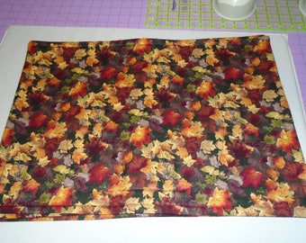 Autumn Leaves In Gorgeous Fall Colors !!  Set of eight (8) Handmade, Quilted Place Mats !!