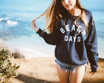 Beach Days pullover in navy blue