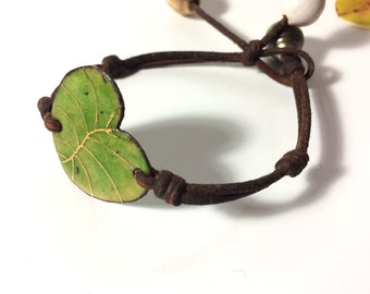 Amazing light green Tahitian pearl, enamel water lily leaf, brown leather woman bracelet, one of a kind tahitian pearl bracelet