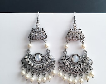 Bohemian Wedding Earrings Gypsy Earrings Swarovski Pearl Vintage Styled Bridal Earrings Wedding Earrings Pearl Jewelry