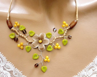 Flower necklace brown green and yellow