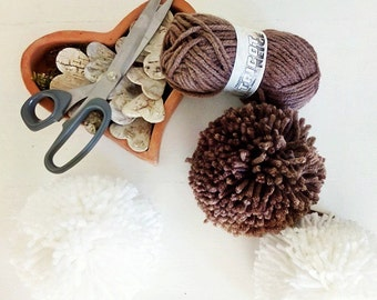 Pompon wool