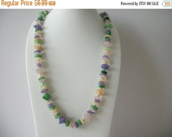 ON SALE Vintage 1960s Garden Party Colorful Molded Plastic Beads Necklace 8516