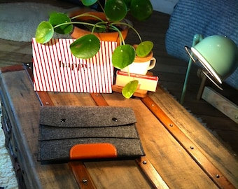 Pouch / bag for Mini iPad or Tablet