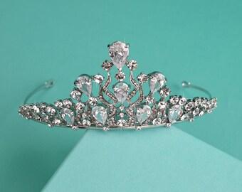 Crystal Bridal Tiara, Silver Bridal Crown, Rhinestone Tiara, Royal Wedding Headpiece, Bridal Hair Accessory, Bride Headband, TI-012