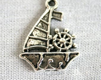 6 Silver Sail Boat Charms/Pendants S-025