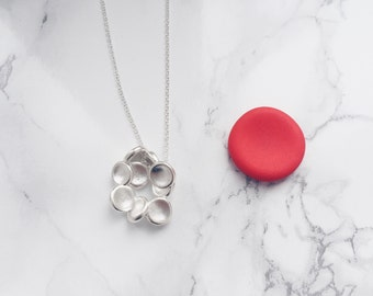 science jewelry : Red Blood Cells necklace - 3D printed RBC necklace - wearable science - human cell - blood - erythrocytes