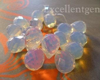 14 Faceted teardrops, Briolette beads, faceted Opalite teardrops, white teardrop 15x20-TD-128