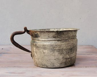 Vintage Copper Pot, tinned Copper Cauldron, Iron handle, home decor, Farmhouse, ranch display, planter, Vintage Rustic Country Living 1940's