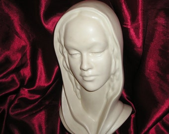 Vintage Divine LG. Madonna,Virgin Mary Bust/Head Vintage Classic Religious Devotional Sculpture,Icon