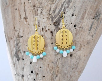 Dangle earrings ethnic style, gold, turquoise and white (BO207)