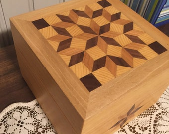 quilt patterned box
