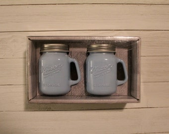 New in Box Glass Mason Jar Salt  Pepper Shakers Set, Mason Craft and More, Multiple Colors