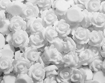 CLEARANCE Cabochon Flower 20 Resin Round Rose Wedding White Flower 10mm (1017cab10m8-2)os