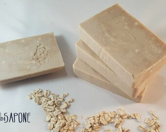Natural soap with oat milk and colloidal oats-cruelty free