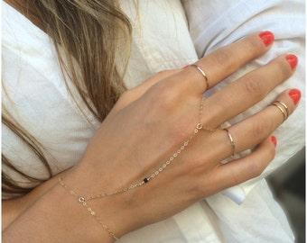 Simple 14K Gold Filled Hand Chain,Delicate Jewelry, Minimalist Jewelry