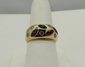 14kt Yellow Gold Gemstone Right-Hand Ladies Ring
