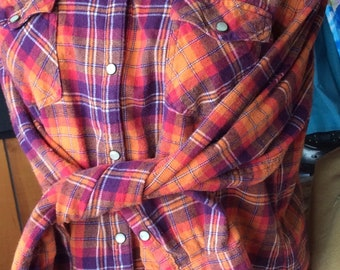 PLAID FLANNEL SHIRT vintage unisex, western style, pearl snap, great  colors