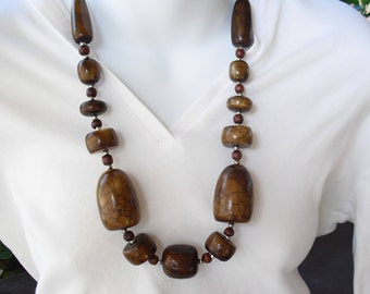 Massive Necklace Brown Beads