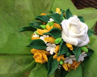 Wedding's flower basket, Handmade in Italy, orange roses, wedding bouquet, white roses and orange