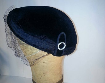 Vintage Bringham Black Velvet hat