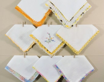 Yellow Crochet Vintage Hankies / Crochet Edged Hankerchiefs / Landies Hankies