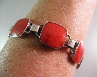 Vintage  Red Sponge Coral Chunky Bracelet in Sterling Silver.....  Lot 5403