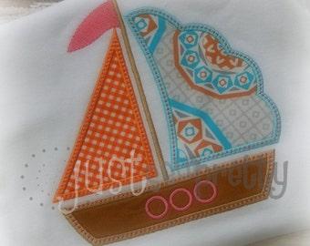 Simple Scallop Sailboat Embroidery Applique Design