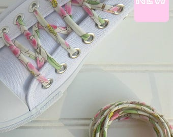 Shoelaces with cherry blossom flowers, wedding shoe laces, flat converse, 2nd anniversary gift, for mom
