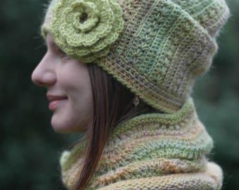Green Slouchy hat women Fall Winter Oversized Chunky hat Slouchy beanie Hat chunky womens Hipster beanie Knit beanie hat for women