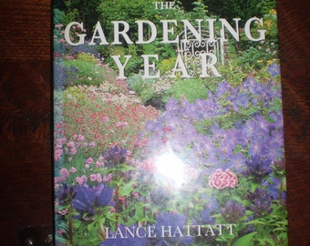 English Garden Book,The Gardening Year,Lance Hattatt,250 pages,Hardback.Plan your Garden for every month of the year.