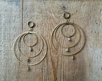 Labradorite on brass connected circles rings hoops