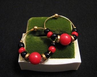 Vintage Gold Tone Red and Black Glass Beaded Hoop Pierced Earrings