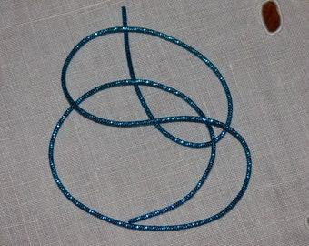 Purl curly light blue shiny embroidery gold