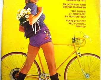 PLAYBOY August 1971 looks near mint FREE SHIPPING