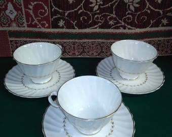 Royal Doulton English Fine China Adrian H4816 Cup and Saucer 3-Sets of 2