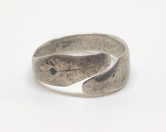 Rare Medieval Snake Serpent Ring in Silver 15-16th century