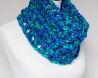 SALE! Blue, Green and Purple Super Chunky Mesh Cowl, Crochet Short Infinity Scarf, Neck Warmer