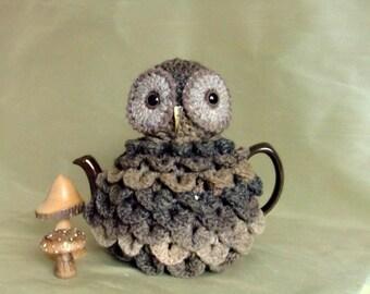 Tarquin the Owl Handcrochet Teacosy