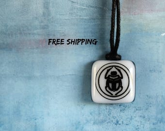 Egyptian Scarab. Scarab necklace. Scarab jewelry. Egypt Jewelry. Scarab beetle. Egyptian pendant. Egyptian Necklace. Pharoah. Antique scarab