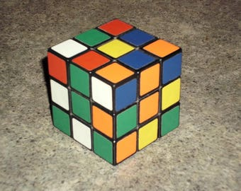 Vintage 80s RUBIKS CUBE - 3D Puzzle Game