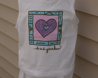 """Hand Painted 2 piece shorts outfits """"hearts"""" - Size 4"""