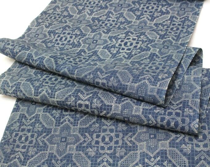Japanese Vintage Cotton. Katazome Design Yukata Fabric (Ref: 1868)