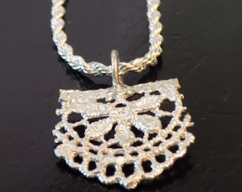 Sterling Silver Cast Lace Pendant Necklace
