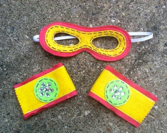 Girl Superhero Mask and Cuffs-Customize- Superhero Accessory-Superhero Dress Up Party