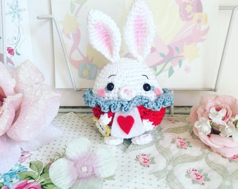 White rabbit from Alice in wonderland crochet amigurumi doll plush ufufy