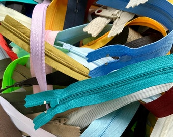 Assorted Zippers - 25 Pieces