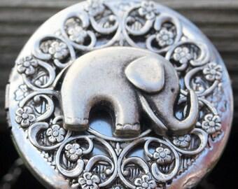 Silver Elephant Locket Elephant Necklace Lucky Elephant Best Friends Wedding Bridal Gift Photo Antique Steampunk