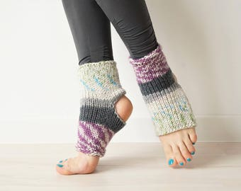 Flip Flop Socks, Yoga Socks, Grip Socks, Toeless Socks, Boho Socks, Pilates Socks, Yoga Accessory, Yoga Gift, Dancer Gift, Yoga Toe Socks