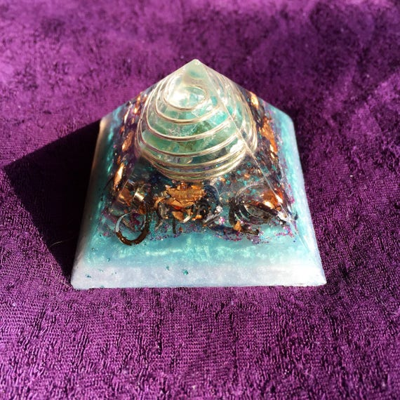Orgonite Pyramid- With Blue Apatite & Titanium Curls- Clear Out Negativity and Trust Your Inner Voice- Atlantis Orgone Pyramid- Reiki Orgone